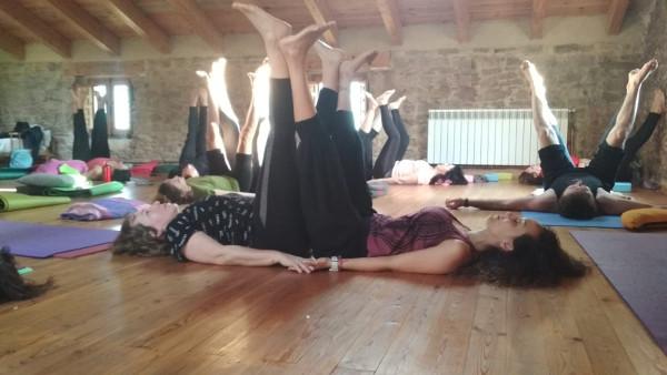 yoga en el fin de semana de reitiro